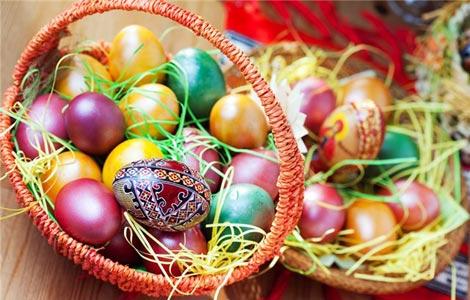 Красим яйца к Пасхе своими руками